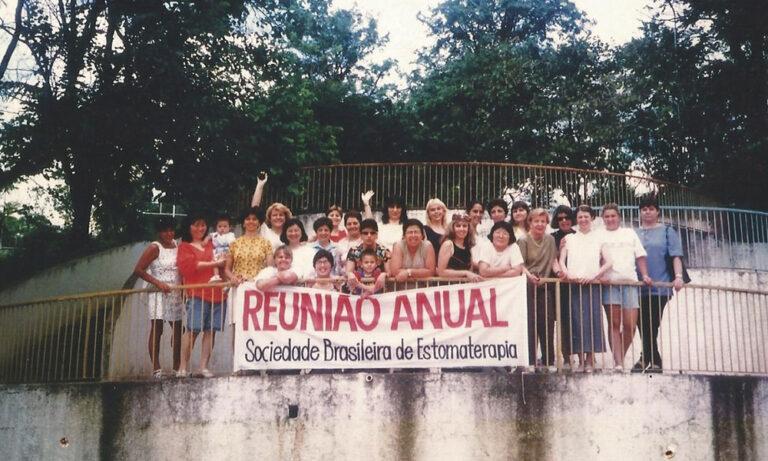 Foto da primeira reunião anual da SOBEST, em Serra Negra/SP, na década de 1990
